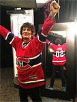 Ronnie tweeted: Thanks for the hockey jersey guys : ) - Montral, June 9 2013