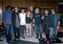 Mick met Joe Walsh in the stuio, together with Ringo Starr, Tal Wilkenfield, Bill Withers, Jim Keltner, Keb Mo, Don Was